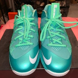 Air Max Lebron x Low EASTER EDITION